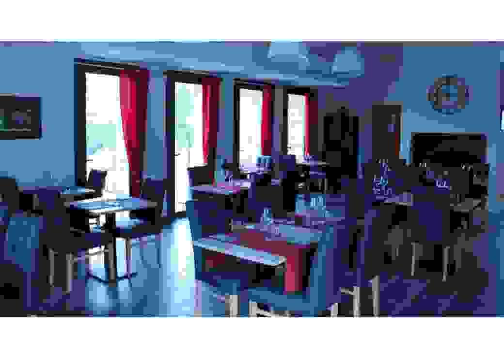 Salle du bistrot Fourchette du Ventoux