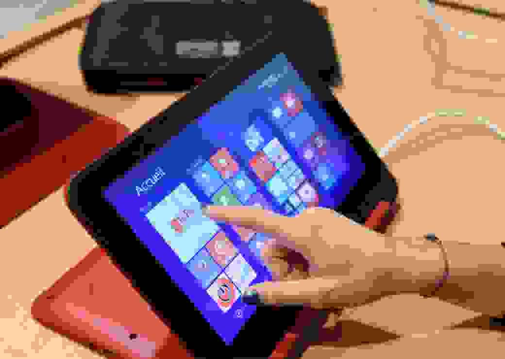 Tablette numérique pour les personnes âgées