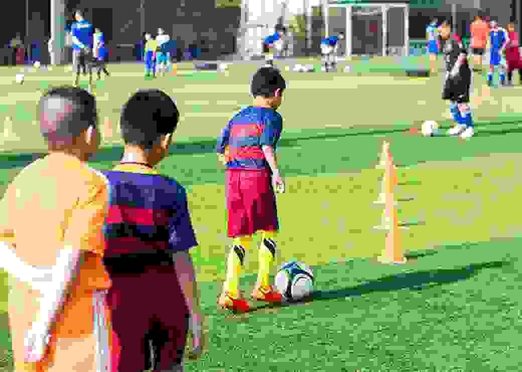 enfants football, stade, entraînement sportif, équipement sportif