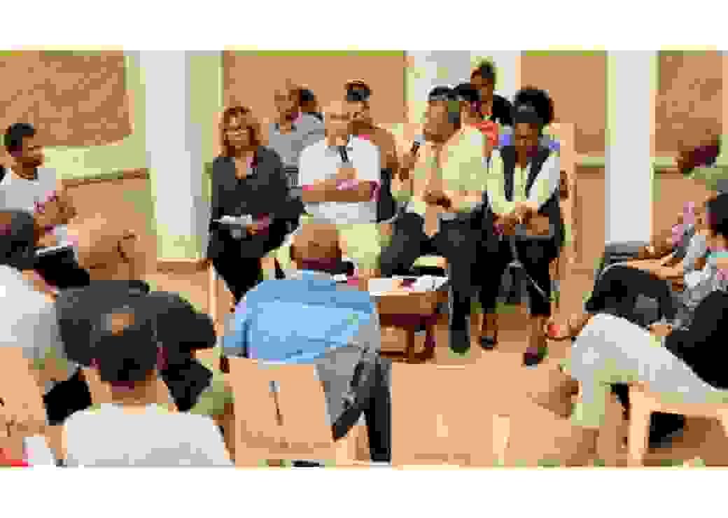 Échanges autour de l'organisation de l'Etat et des services publics dans le cadre du Grand Débat, en présence de Ferdy Louisy le maire de Goyave en Guadeloupe