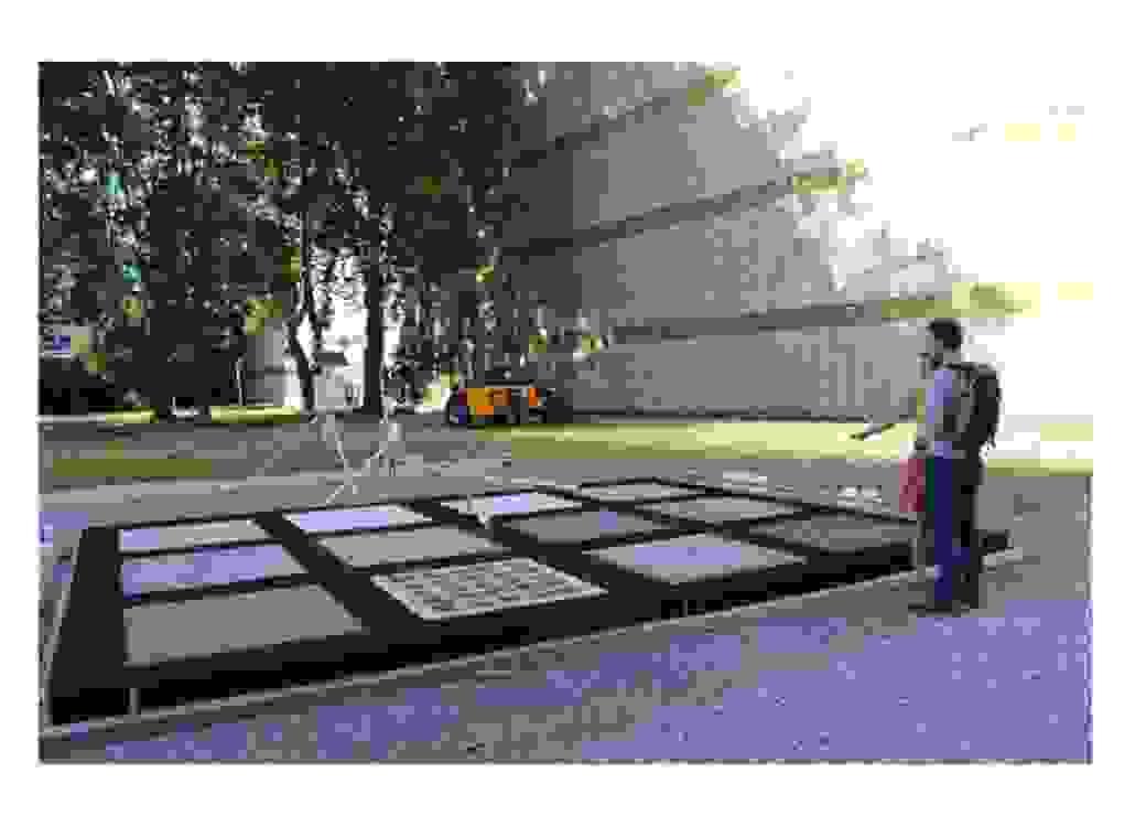 SPL Lyon Part-Dieu : Table d'expérimentation des revêtements de sol.