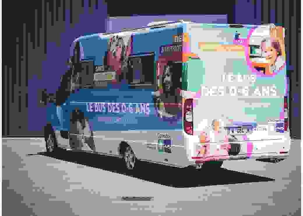 Le Bus PMI sillonne le Calvados