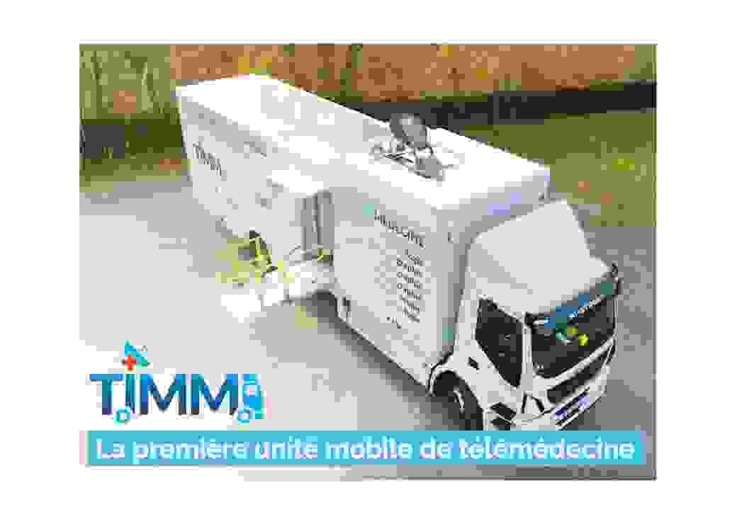 le camion TIMM  de 10 mètres de long sur 3 mètres de large
