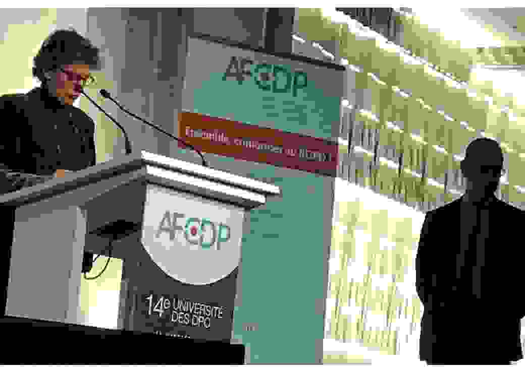 Marie-Laure Denis et le président de l'AFCDP, Paul-Olivier Gibert