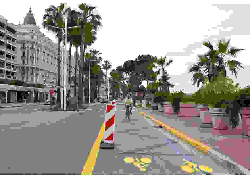 Piste cyclable temporaire à Cannes