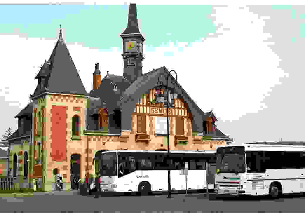 Gare routière de Senlis