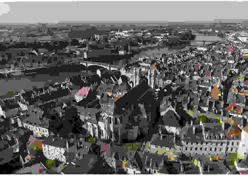 Vue aérienne de la ville de Chalon-sur-Saône