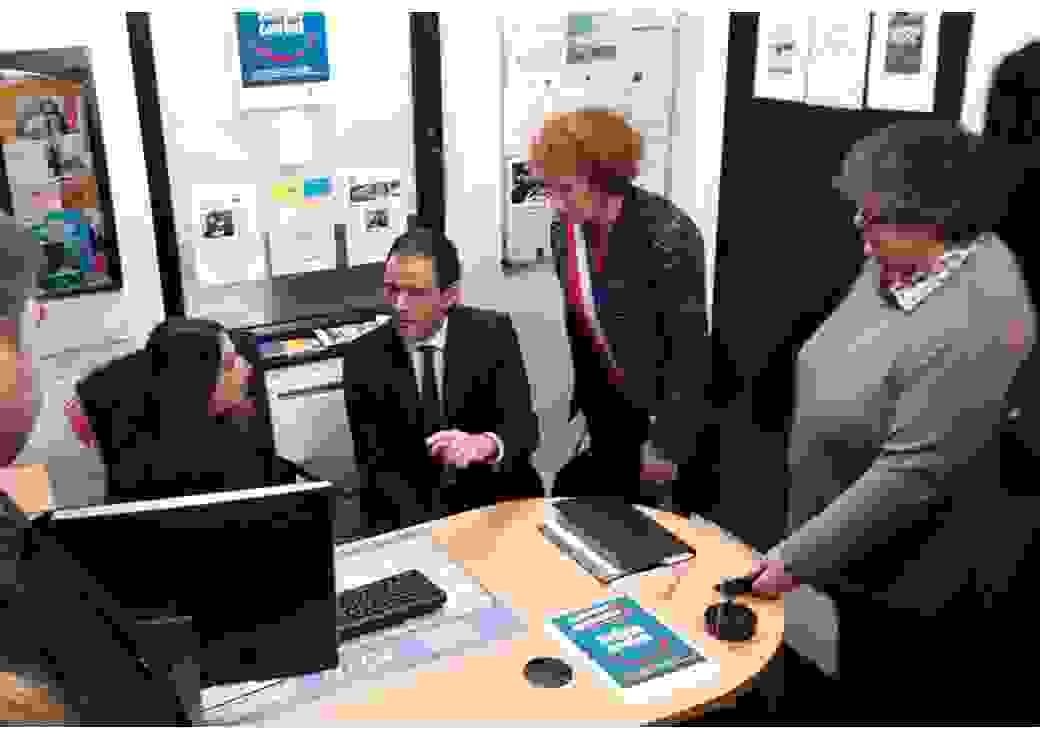 Conseillers numériques France services