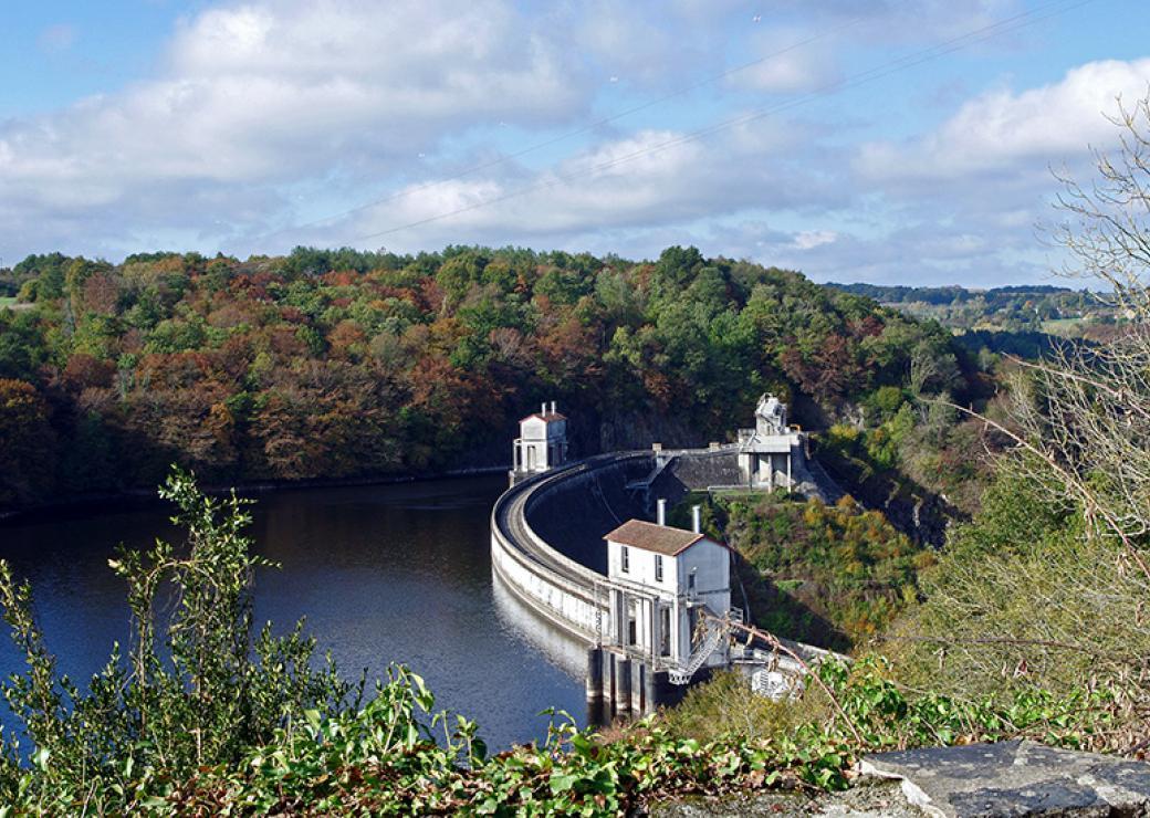 Barrage hydroélectrique d'Eguzon-Cuzion