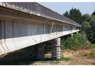 pont en rénovation, réfection, dangereux
